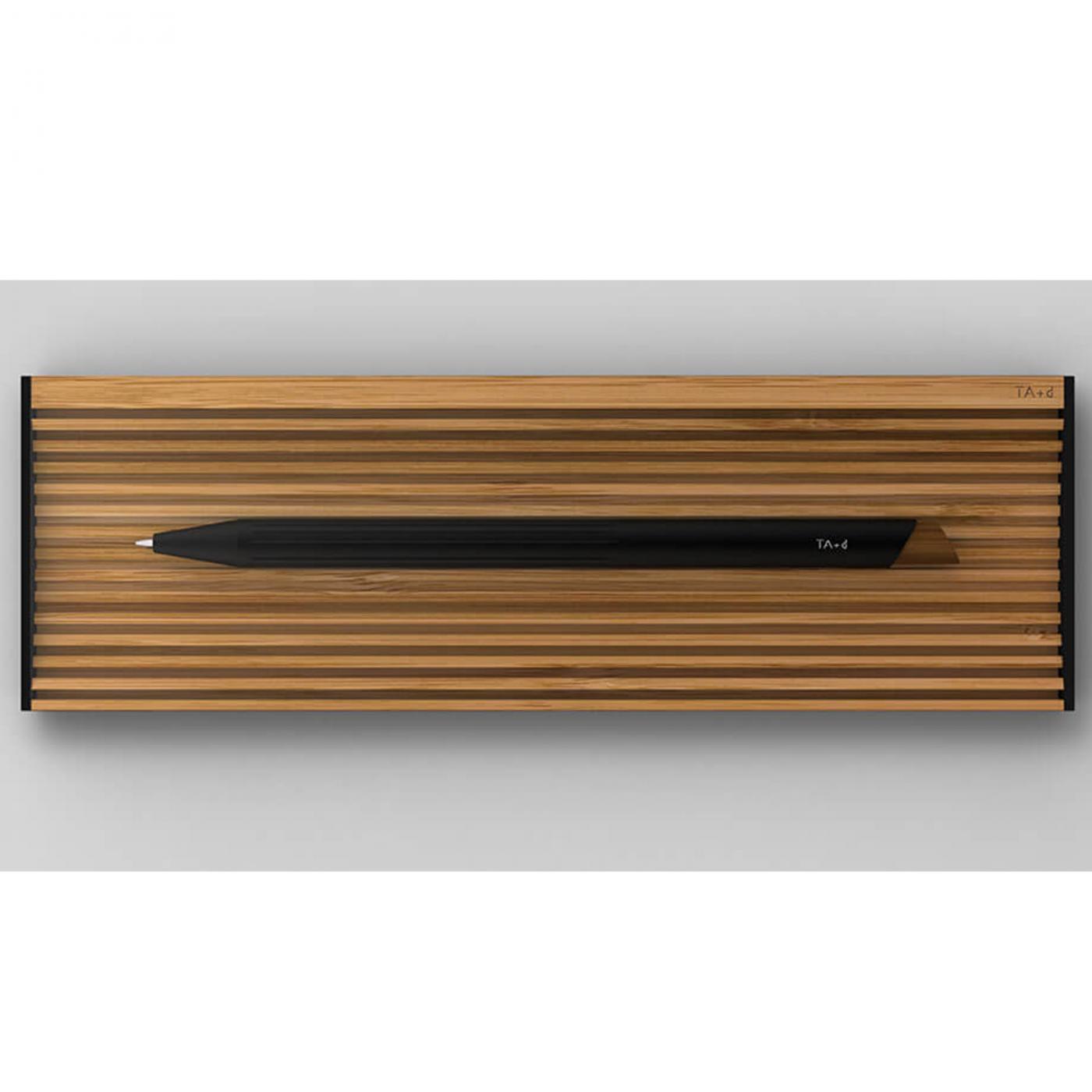 PININFARINA SEGNO TA+D pen organizer in bamboo e alluminio nero